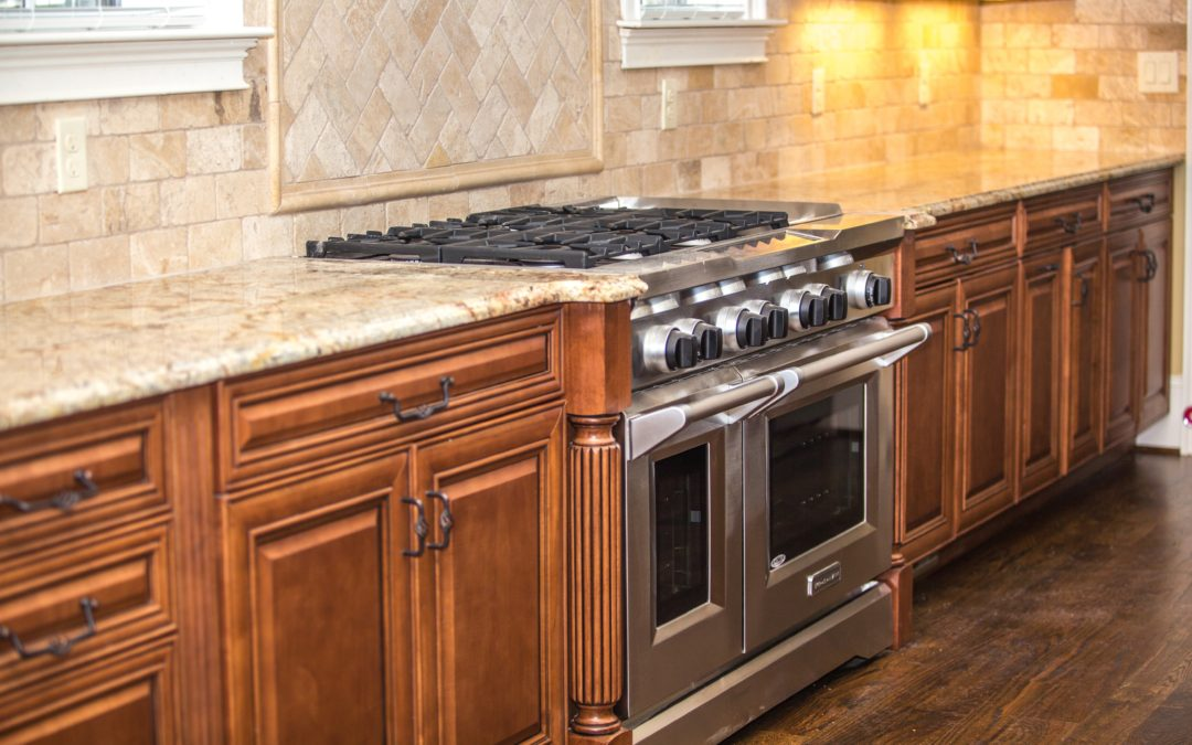 Palm Beach Kitchen are expert kitchen contractors. From vintage kitchens, to modern style kitchens, we do all kinds of kitchen makeovers.